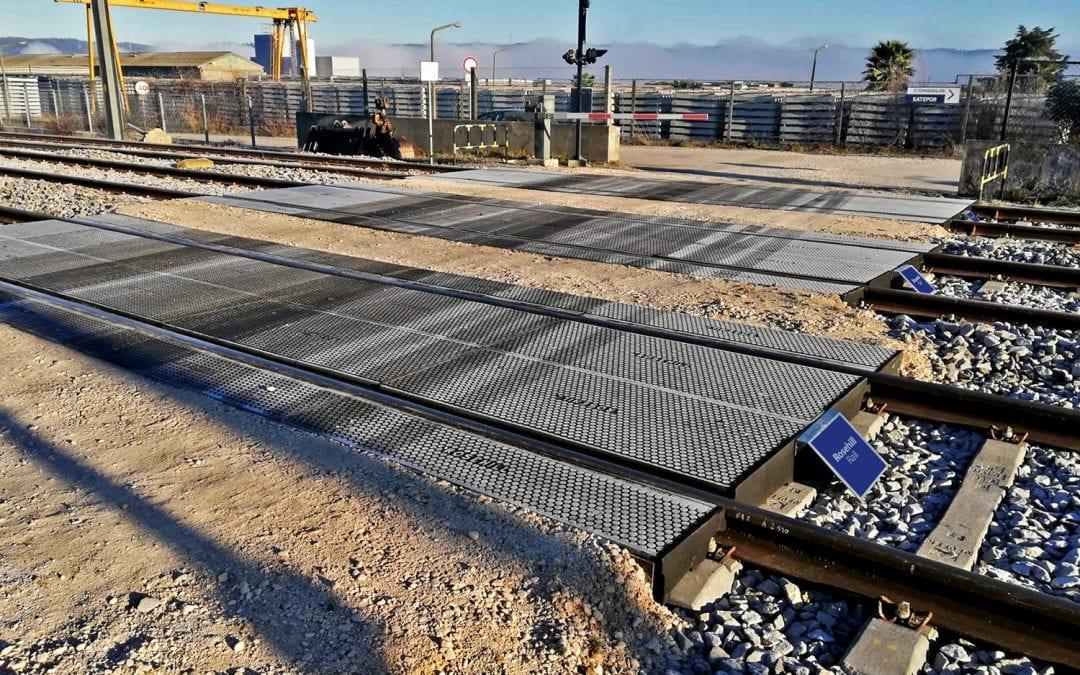 Multi-Track Crossing in Portugal
